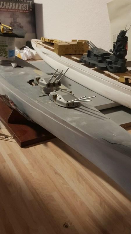 Die Scharnhorst von Hachette in 1/200 mit Licht gebaut von Kai1404 Comp_218