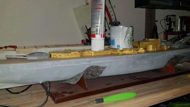 Die Scharnhorst von Hachette in 1/200 mit Licht gebaut von Kai1404 Comp_s30