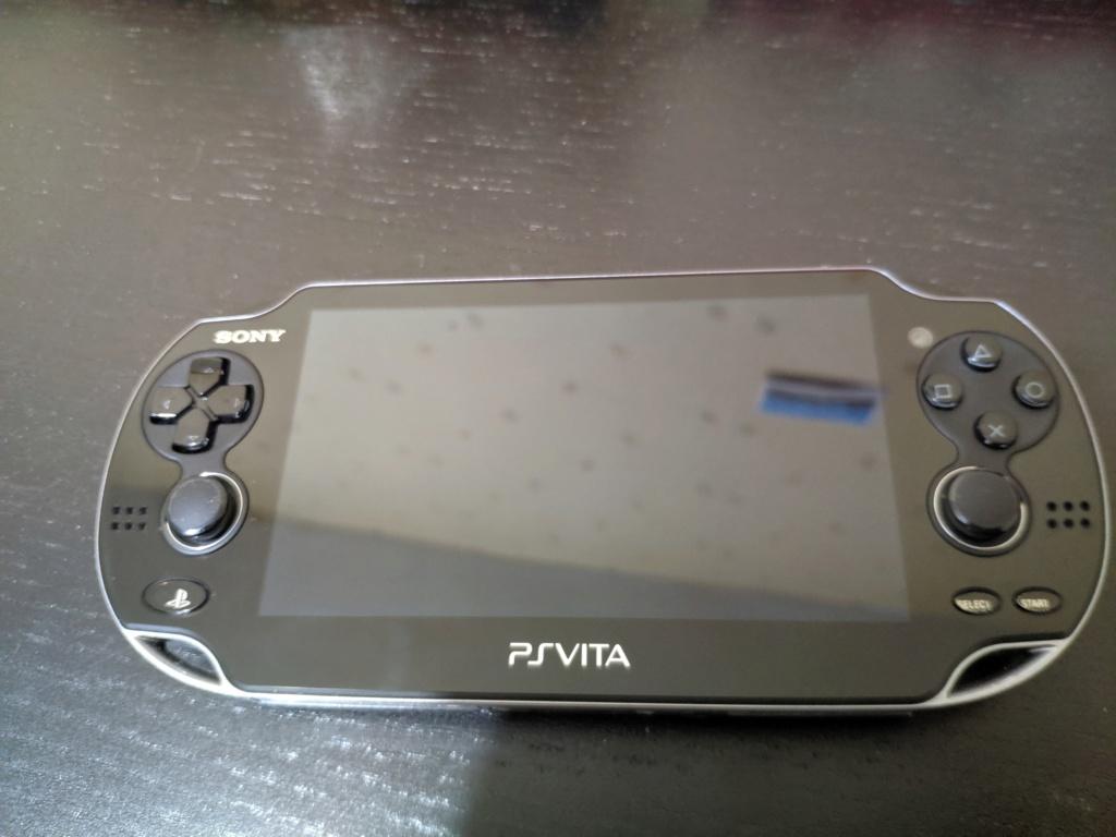 [vendu] PSvita 3.60 + carte mémoire officiel  A8af2410