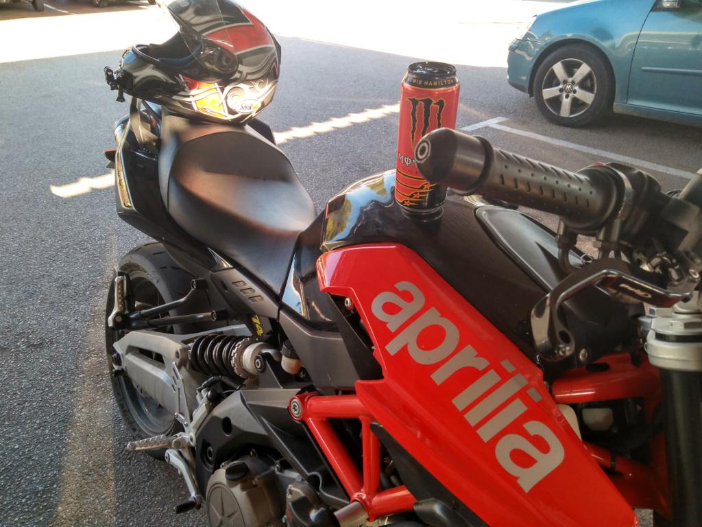 Vengo a presentar mi moto y os dejo una pregunta. :D Img_2011