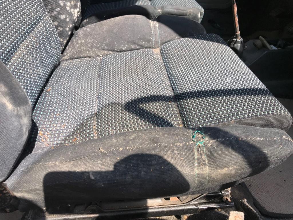 Vends caisse et pièces talbot samba cabriolet  Img_1124