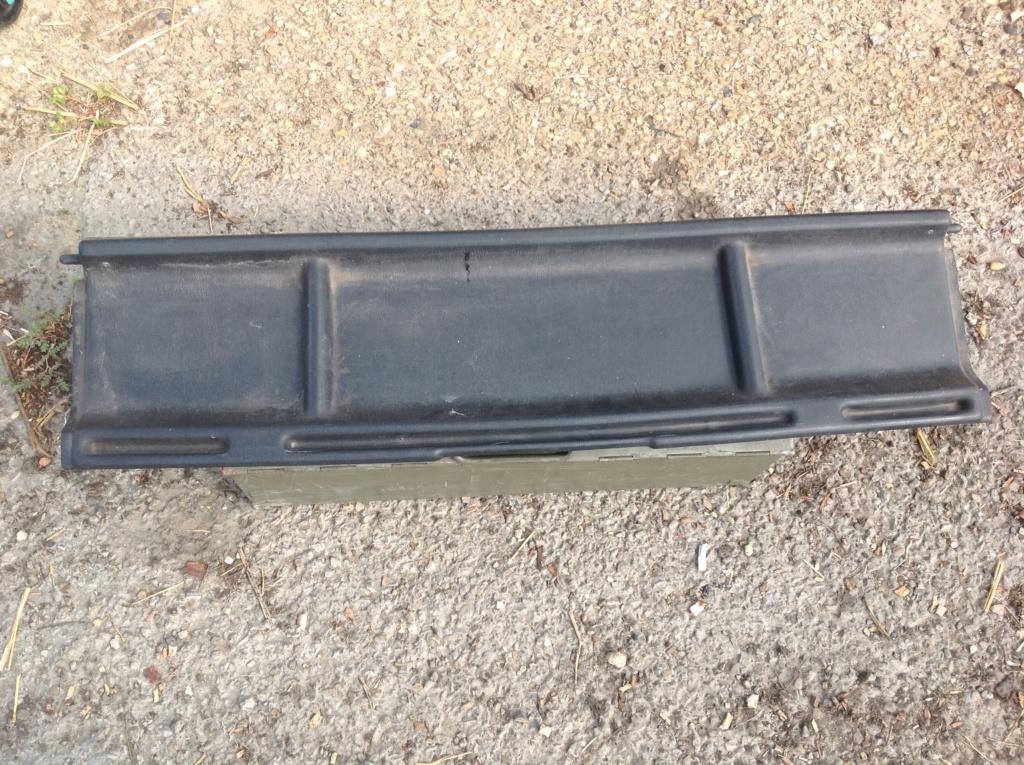 Vends caisse et pièces talbot samba cabriolet  Img_1127