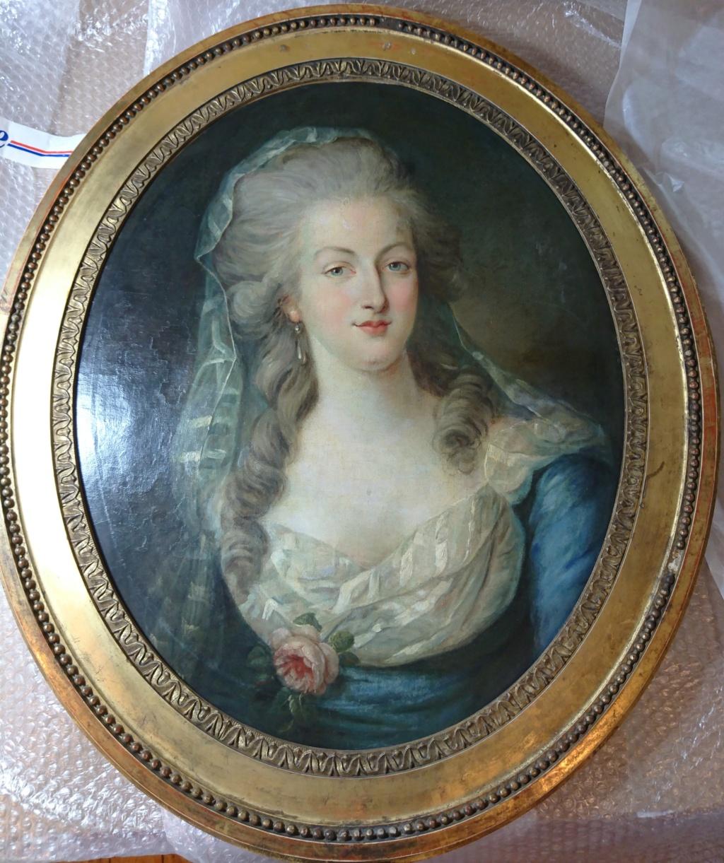 Enquête sur un tableau retrouvé de Marie-Antoinette attribué à Jean-Laurent Mosnier (vers 1776) - Page 3 Dsc_2610