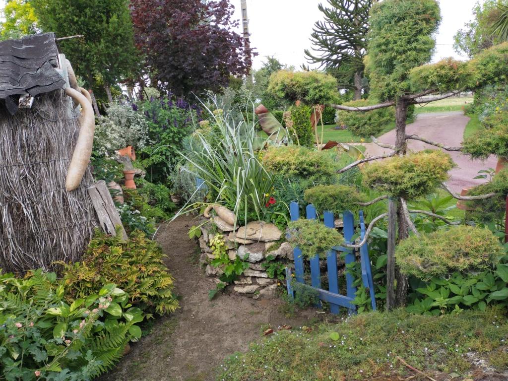 Michou - un jardin de curiosités, botanique, le moulin, l'oasis de Michel  (44) - Page 8 Img20284