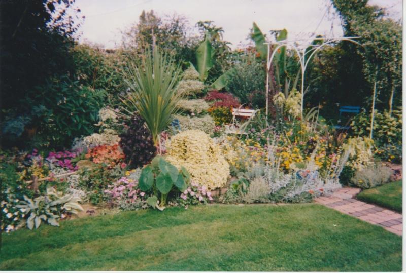 Visite d'un jardin extraordinaire et insolite de Michou et Marie-Jo Numzo134