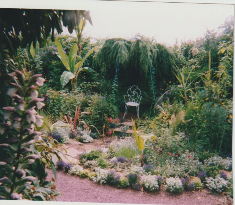Visite d'un jardin extraordinaire et insolite de Michou et Marie-Jo Numzo140