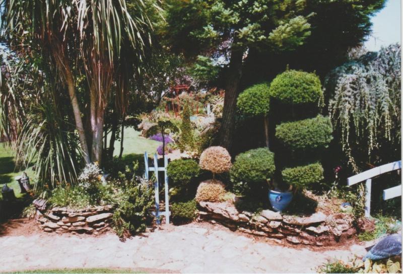 Michou - un jardin de curiosités, botanique - L'oasis de Michel  (44) - Page 4 Numzo182
