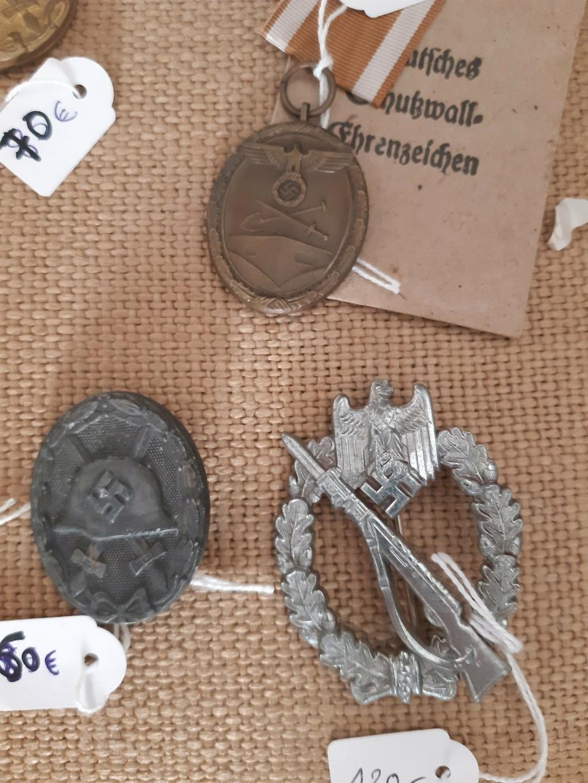 Différents badges Allemands à (essayer d') identifier... Kva510