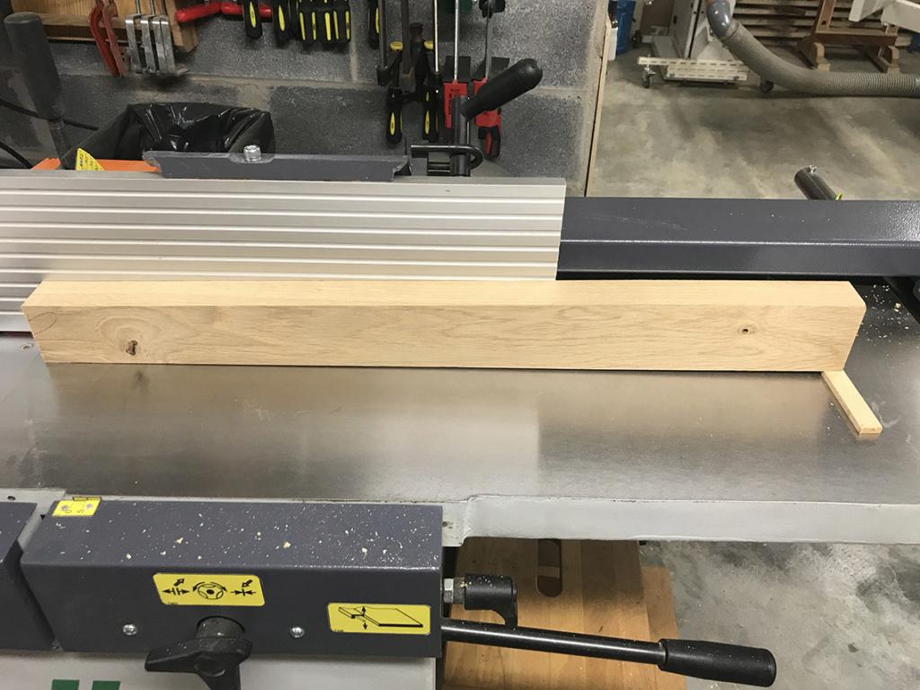 [Récup et fabrication] Une table copiée sur Ishitani 2310