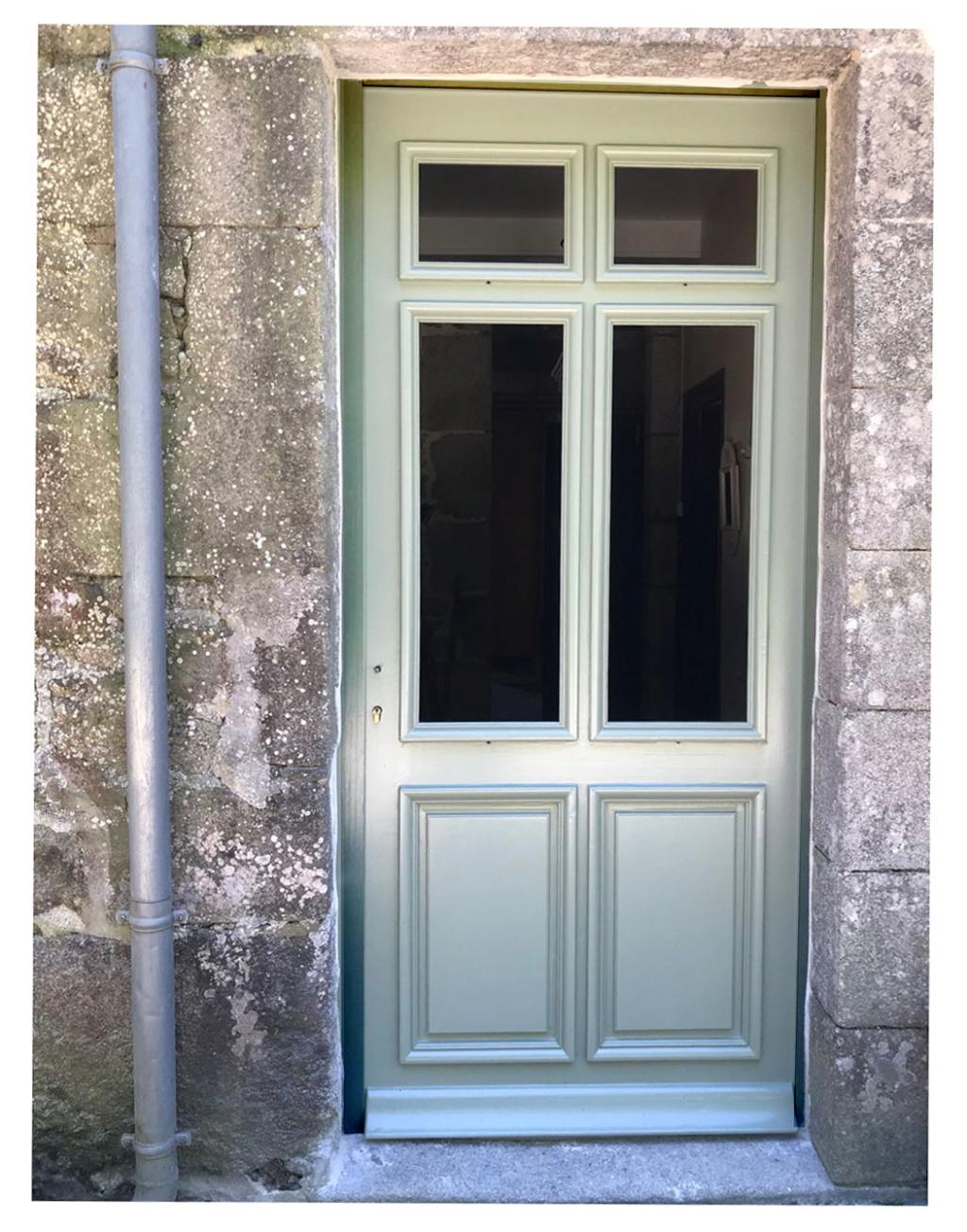Porte d'entrée vitrée avec  grand cadre - Page 8 Img_4310