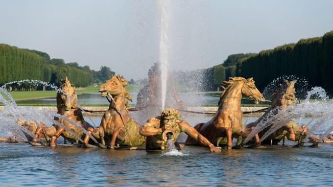 Que savez-vous du château de Versailles? Xvm54410