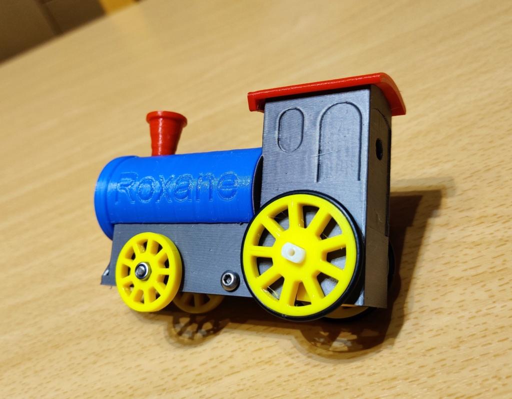 Loco « électrique » en 3D pour le train en bois BRIO - Page 4 17010
