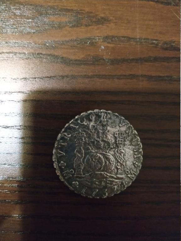 Ayuda 8 reales columnarios de Felipe V,Méjico, 1737. Img_2011