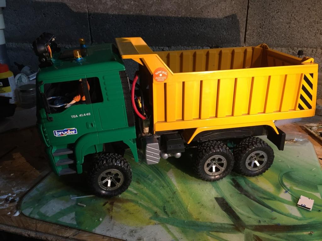 Camion MAN de chez Bruder - Page 2 Img_3711