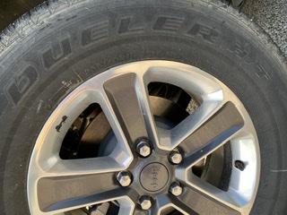 Tenuta su asfalto Jeep Unlimited 2018 Bd45f810