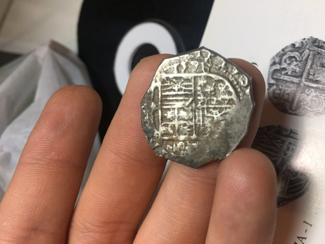 2 reales Felipe II catalogar 53ba0210
