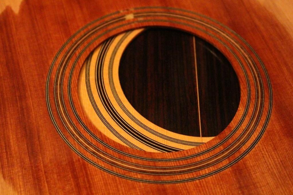 2021: 8 guitares pour la Red House - Page 2 12071212