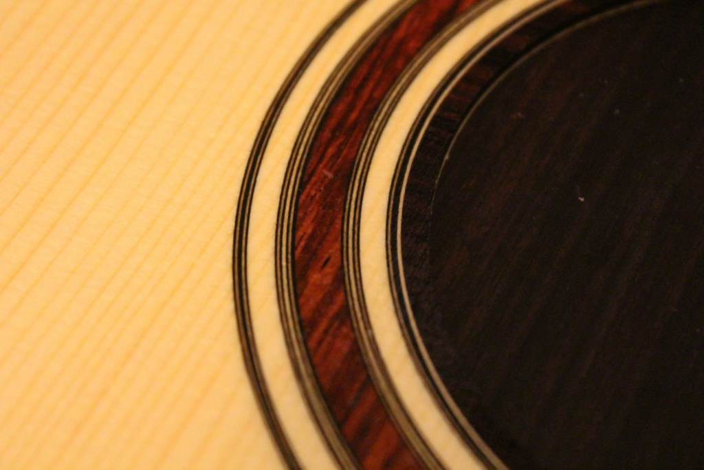 2021: 8 guitares pour la Red House 14024310