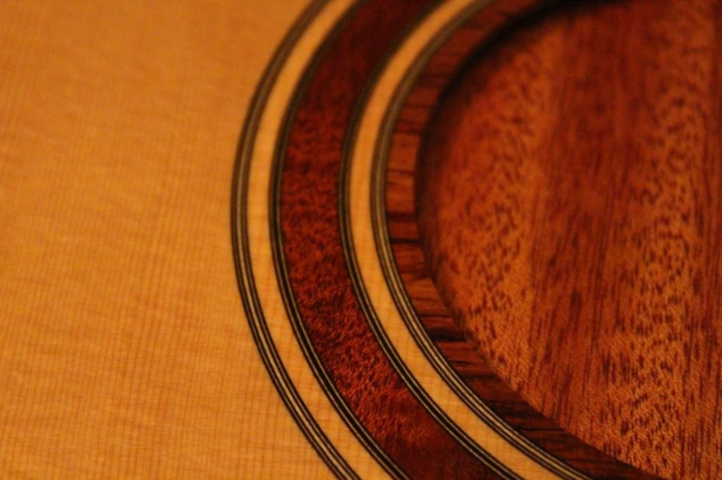 2021: 8 guitares pour la Red House - Page 2 14606710
