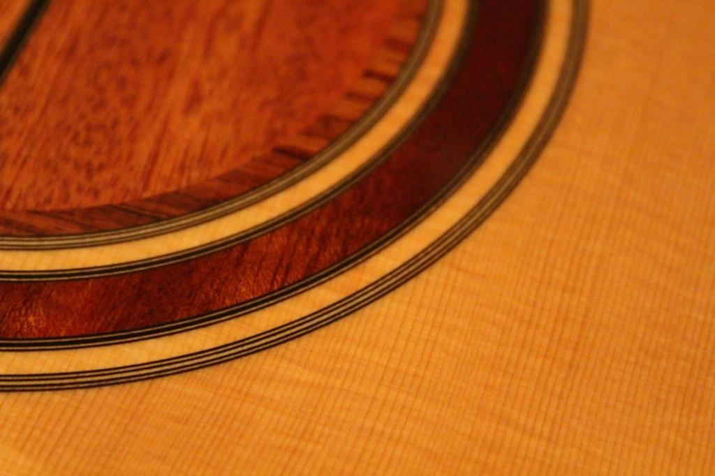 2021: 8 guitares pour la Red House - Page 2 14631810
