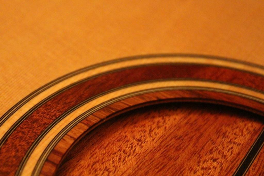 2021: 8 guitares pour la Red House - Page 2 14645310