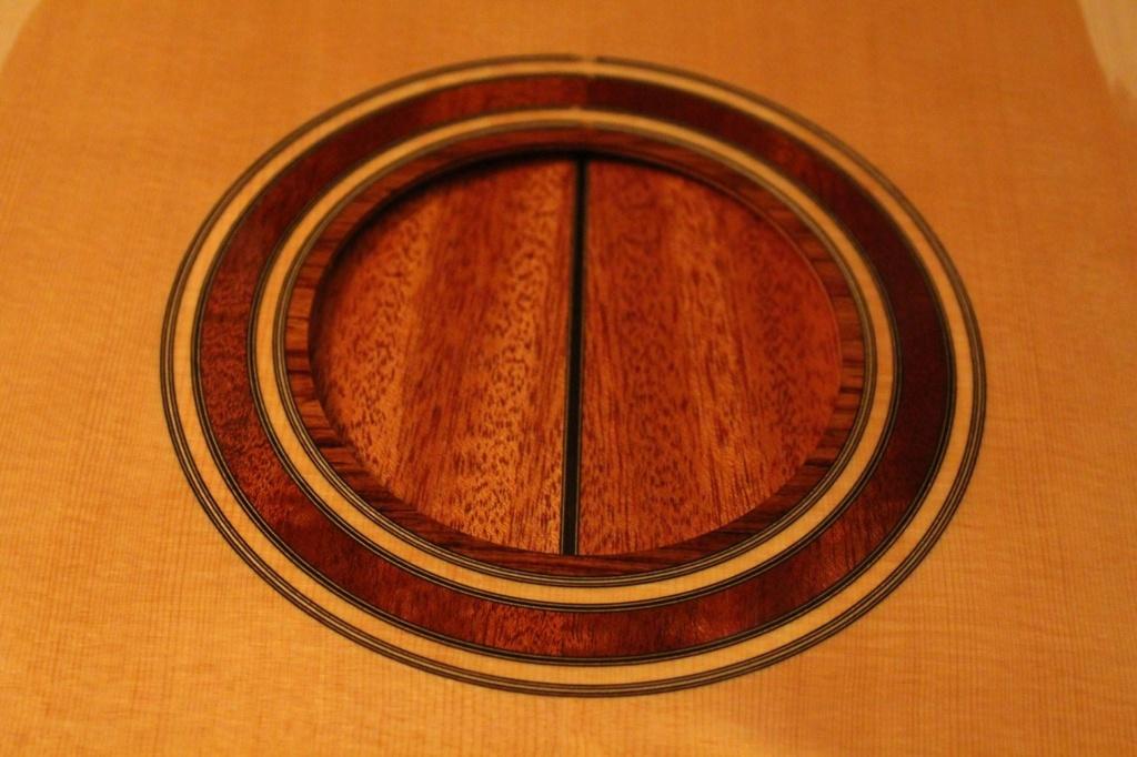 2021: 8 guitares pour la Red House - Page 2 14677410