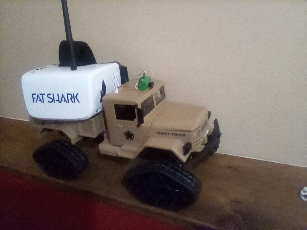 1\16 cox powered rc 4x4 traked truck  16095710