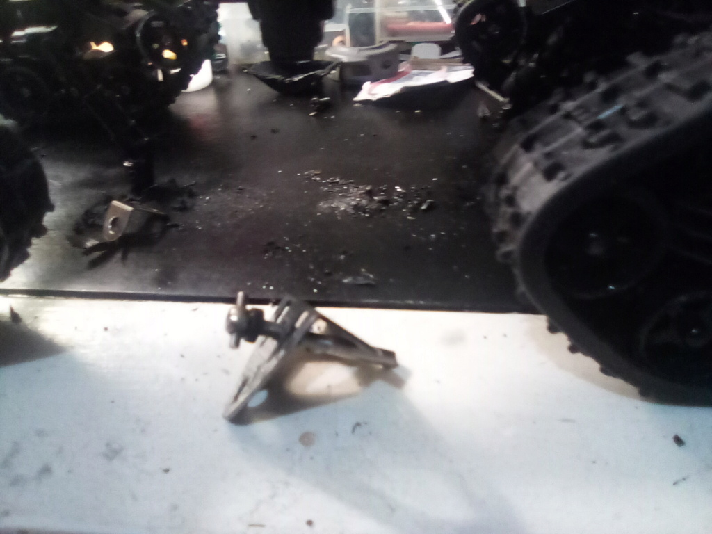 1\16 cox powered rc 4x4 traked truck new vidéo  16099510