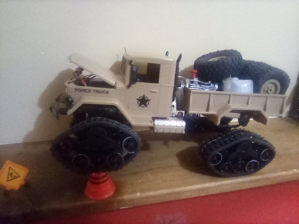 1\16 cox powered rc 4x4 traked truck  - Page 2 16101410