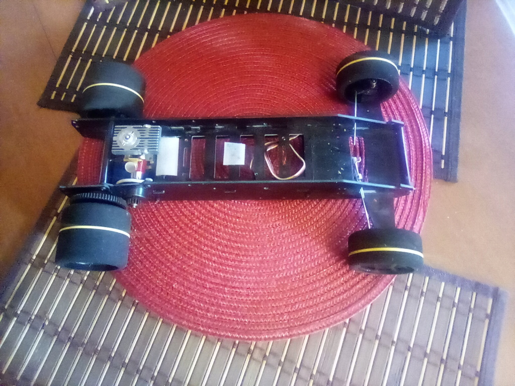 RJ.bee rc cars build tee dee powered  - Page 3 16121814