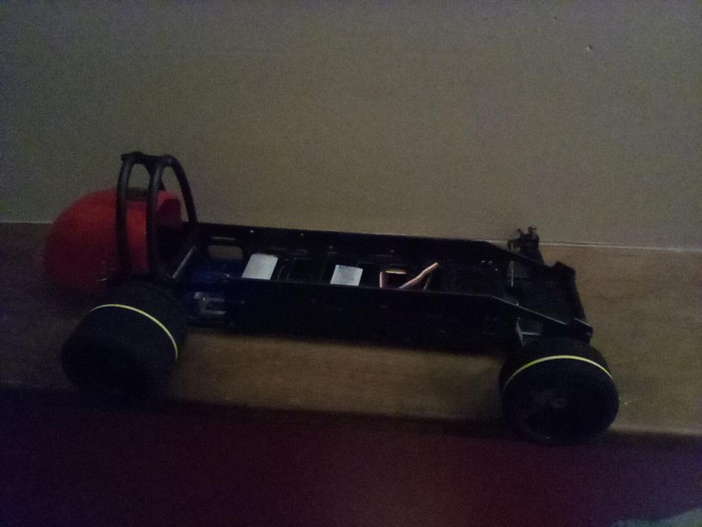 RJ.bee rc cars build tee dee powered  - Page 3 16122210