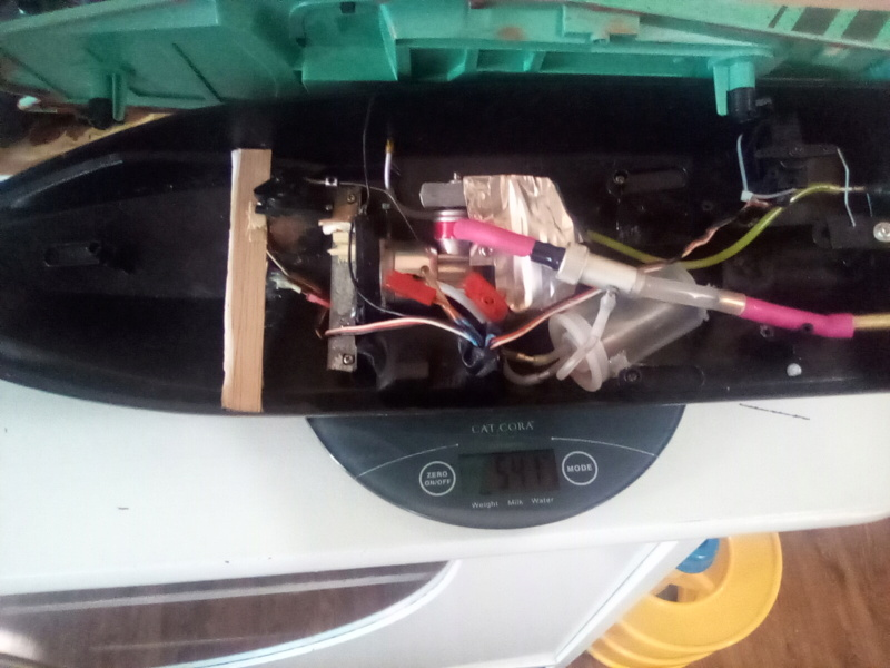 .049 cox powered rc boat Convert to nitro  16295510