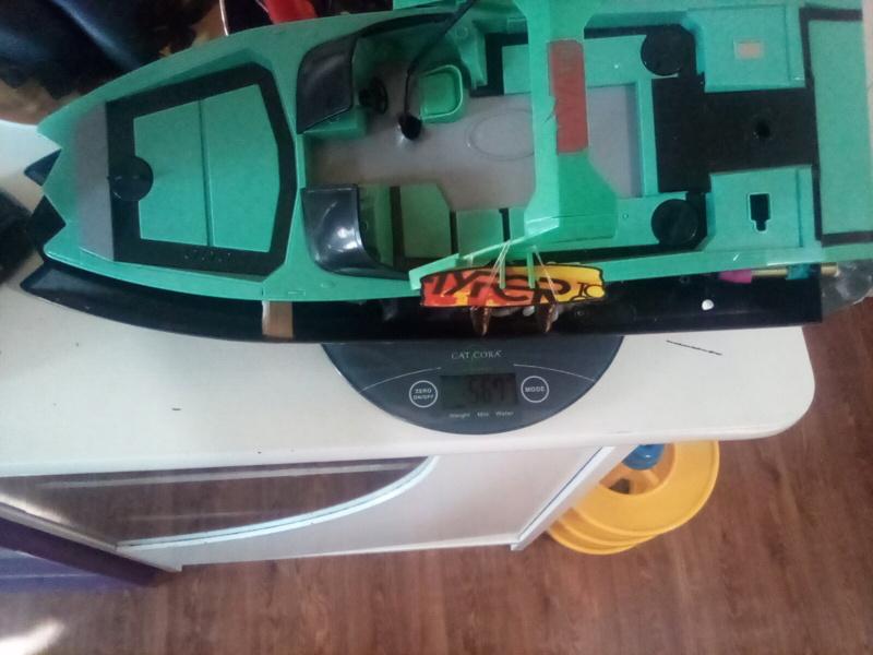 .049 cox powered rc boat Convert to nitro  16295511