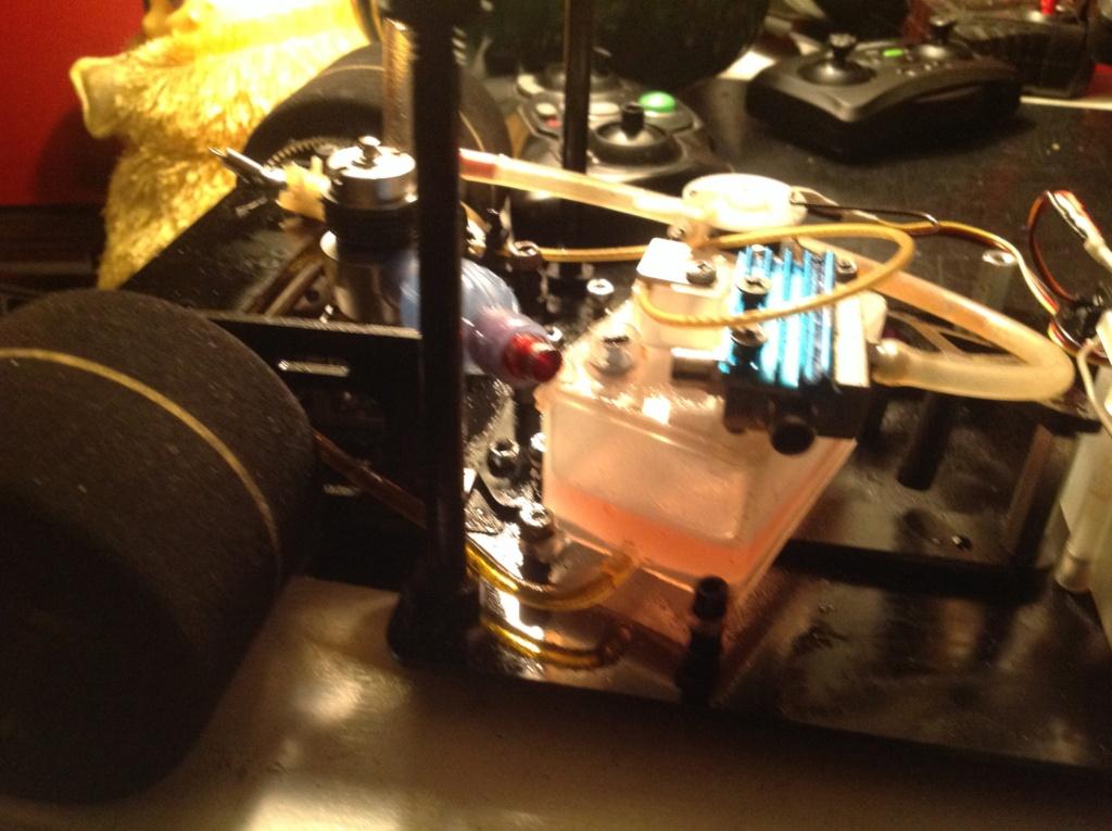 RJ.bee rc cars build tee dee powered  Image214