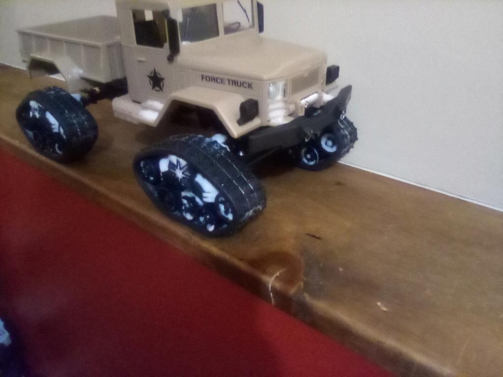 1\16 cox powered rc 4x4 traked truck new vidéo  Img_2040