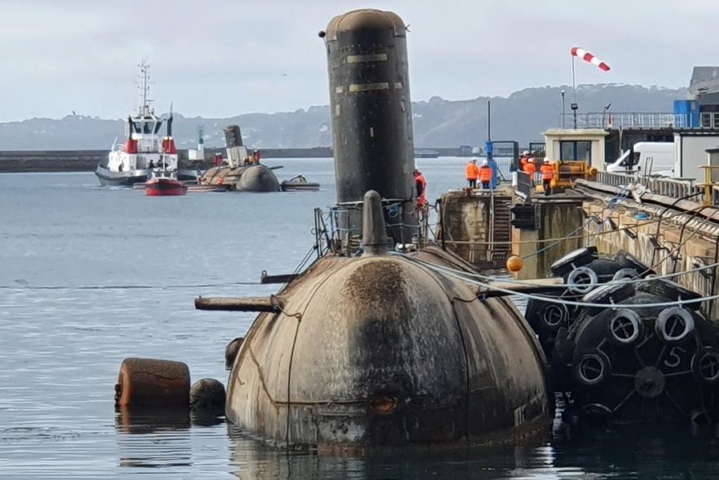[Les ports militaires de métropole] Port de BREST - TOME 3 - Page 22 Sm0310
