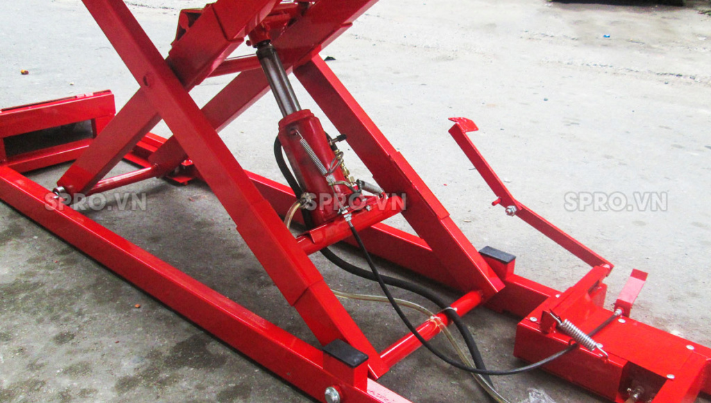 Toàn quốc - 0965 570 643 - Bàn nâng xe máy cơ - đạp chân BNXMC - sức nâng 170 kg-Thiết bị garage spro.vn Q2110