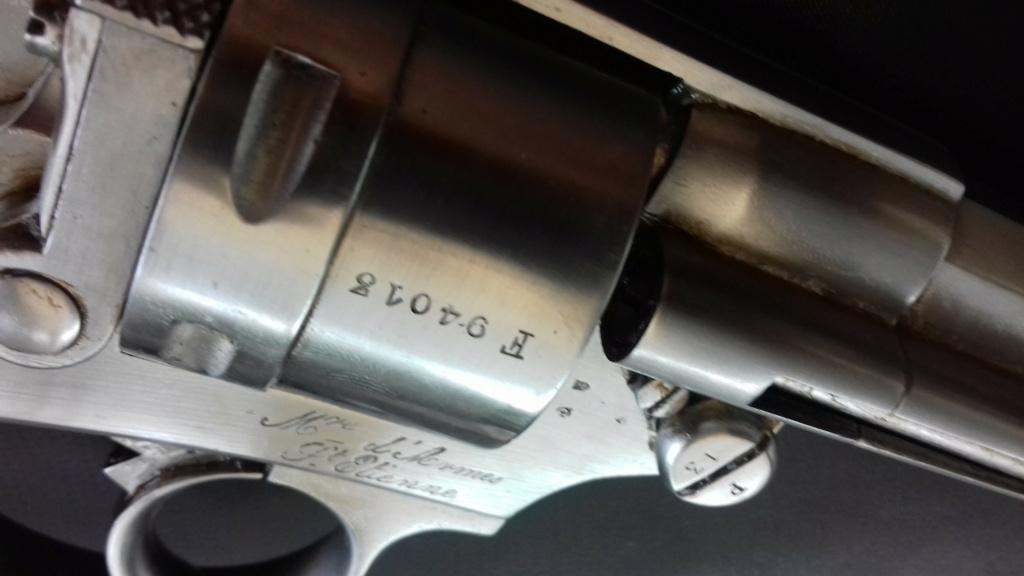Présentation d'un revolver règlementaire Mle 1873 20180835