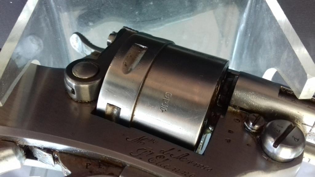 Présentation d'un revolver règlementaire Mle 1873 20180842