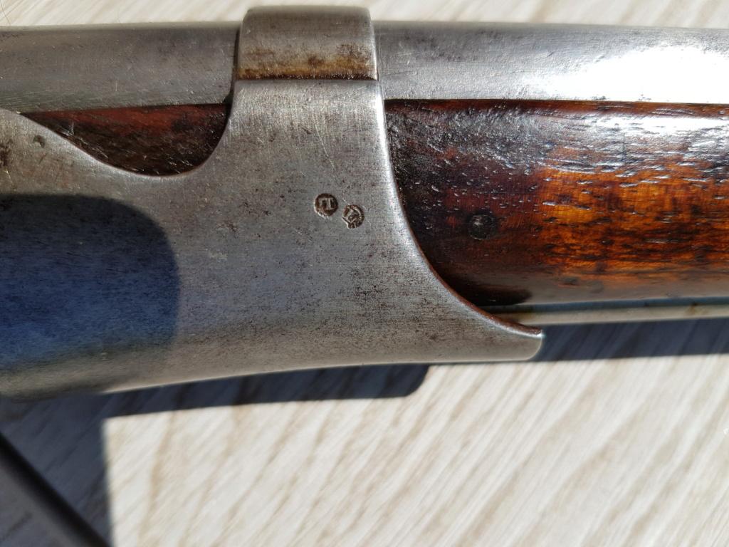 Présentation d'un fusil 1822 T bis 20210559