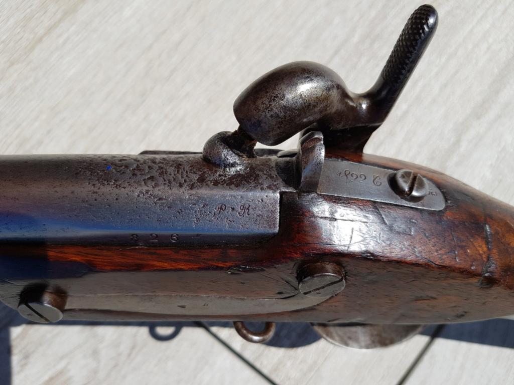 Présentation d'un fusil 1822 T bis 20210562