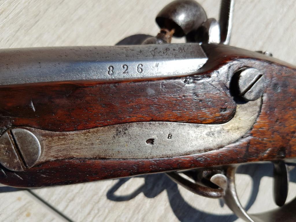 Présentation d'un fusil 1822 T bis 20210563