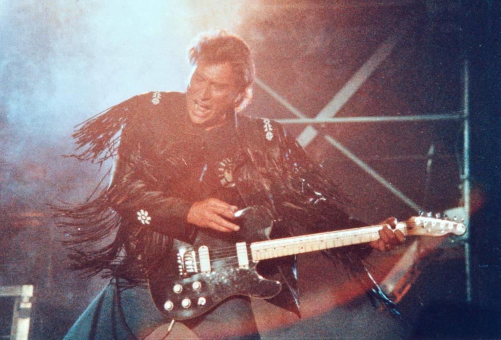 LES CONCERTS DE JOHNNY 'GENERATION ROCK N ROLL, PALAIS DES SPORTS 1989' 512
