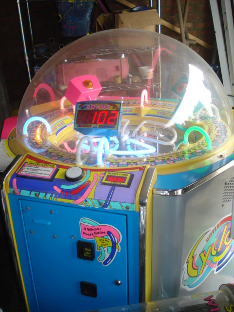 [For Sale] Arcades and prize machines from a mobile lunapark Dsc04210