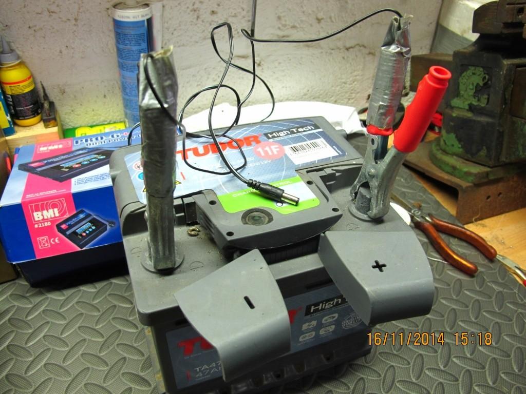 Bricollage du Dimanche: Batterie super légère Img_8724