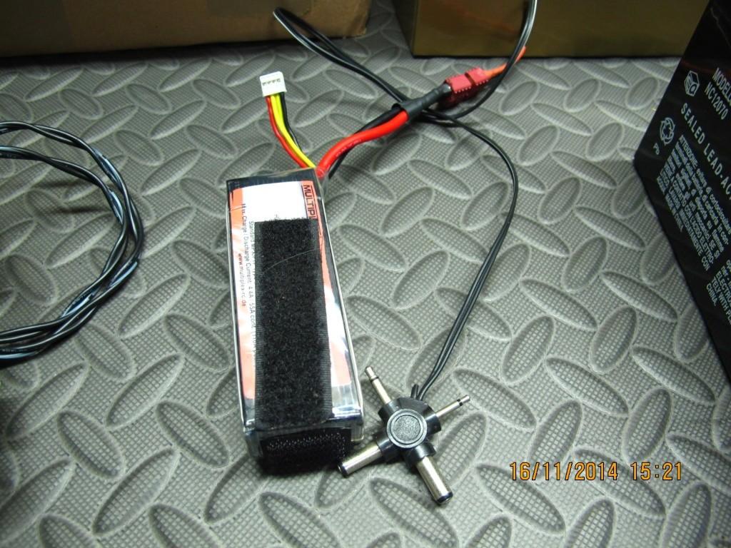 Bricollage du Dimanche: Batterie super légère Img_8727