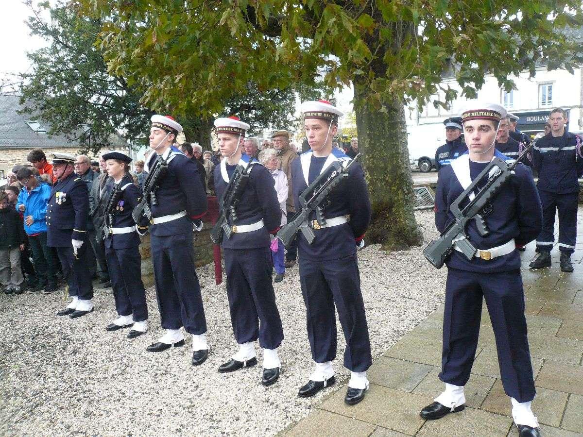 Cérémonie du 11 Novembre 2014 à Fouesnant les Glénan avec la Marine Nationale 1110