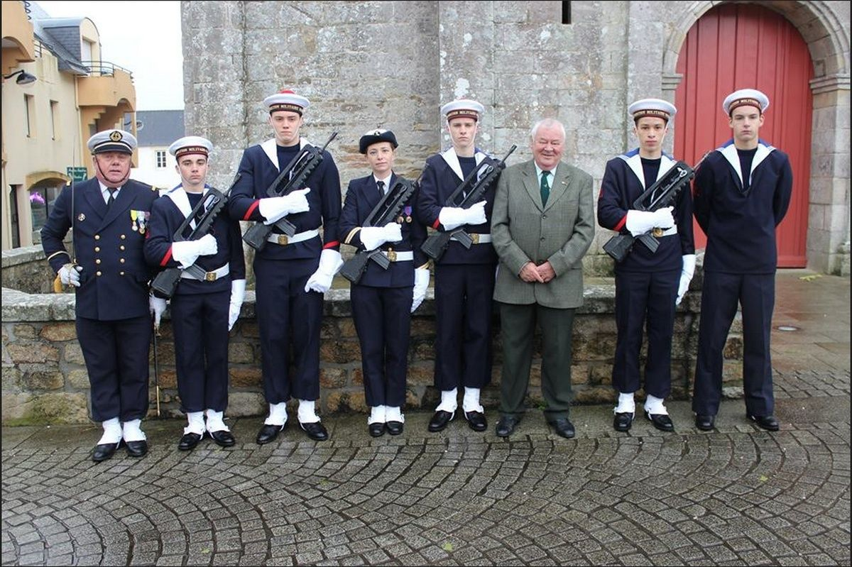 Cérémonie du 11 Novembre 2014 à Fouesnant les Glénan avec la Marine Nationale 1610