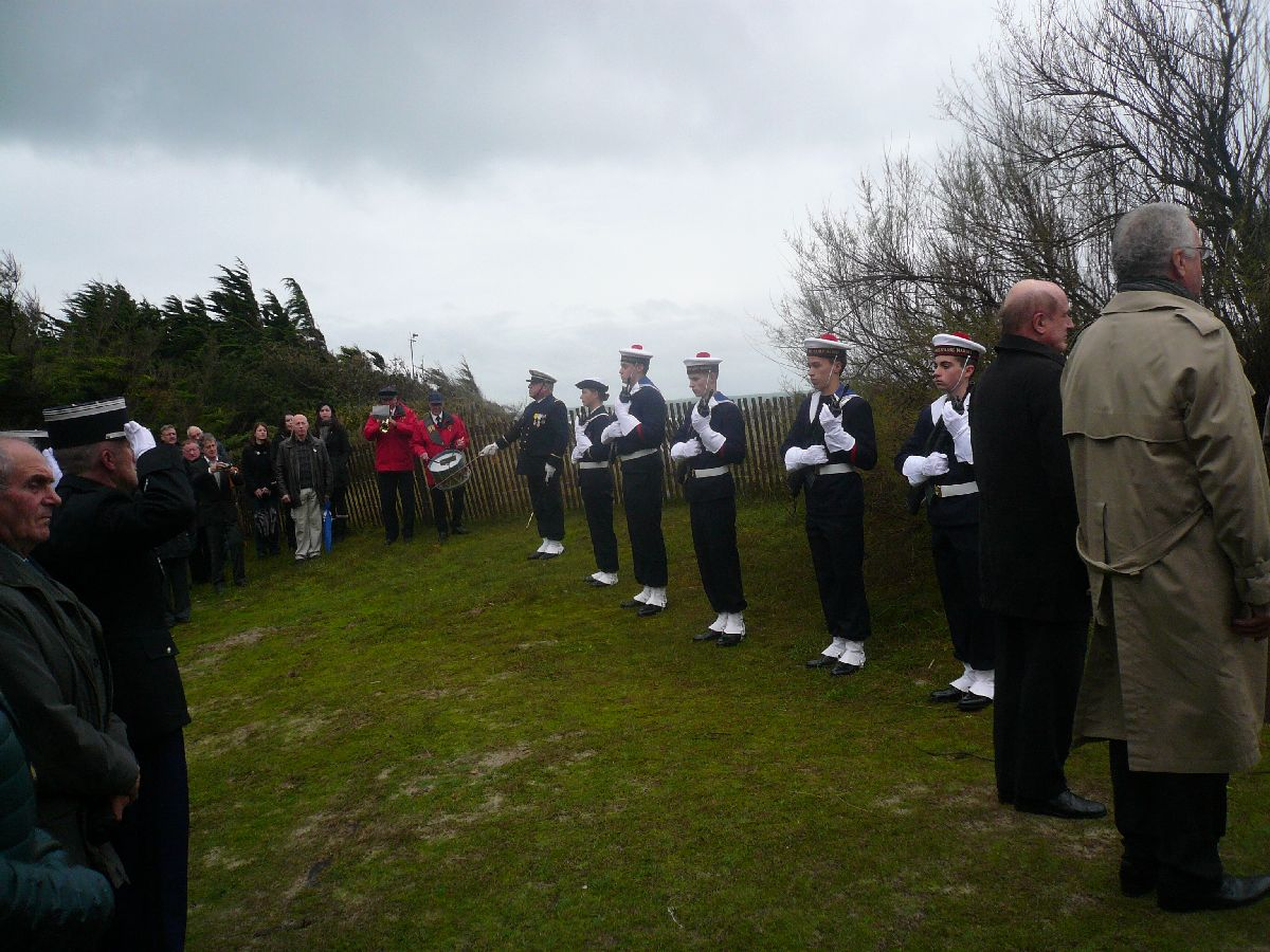 Cérémonie du 11 Novembre 2014 à Fouesnant les Glénan avec la Marine Nationale 310