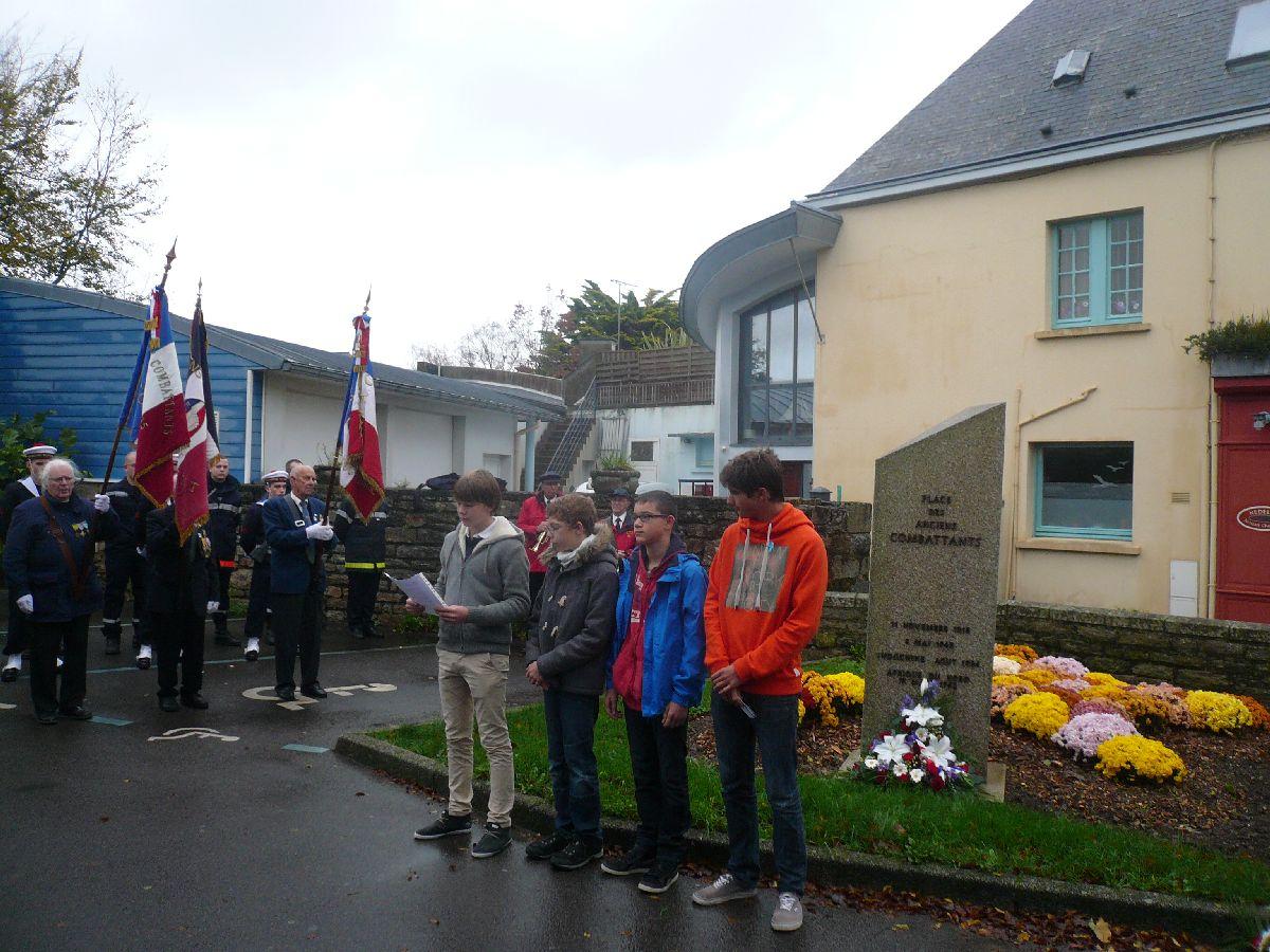 Cérémonie du 11 Novembre 2014 à Fouesnant les Glénan avec la Marine Nationale 910